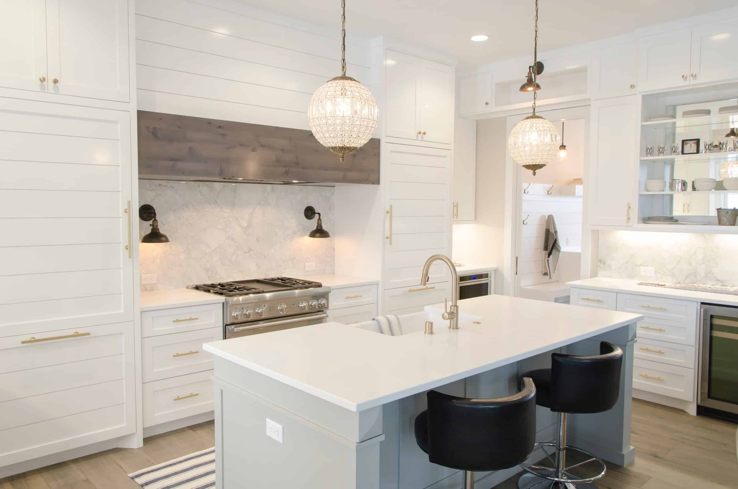Cloud Kitchen Model Decoded: All You Need to Know About Cloud & Delivery Kitchens